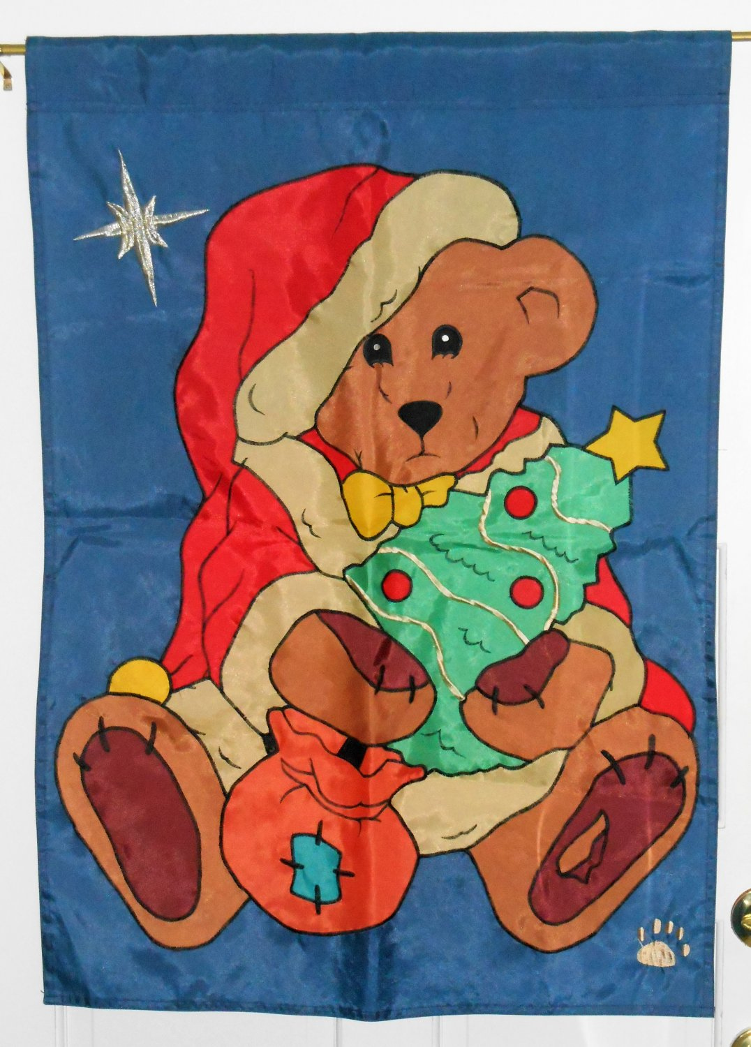Boyds Bears The Friendship Flag Collection 27 x 39 Christmas Nylon Applique Decorative Garden
