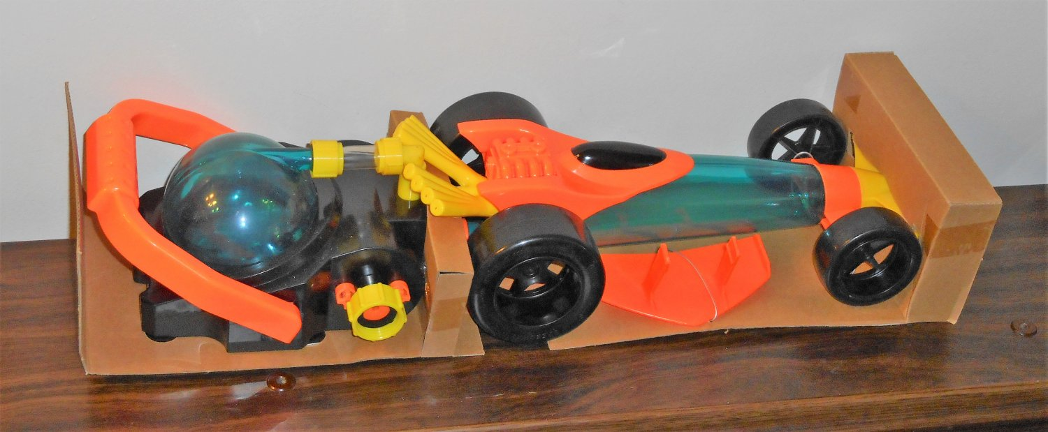 Wham-O Water Blast Speedway 61005 Hydro Powered Dragster with Launcher