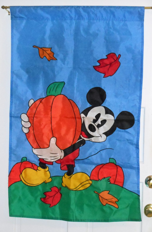 Mickey Mouse Decorative Garden Flag Fall Autumn Leaves Pumpkins Nylon NCE 1997 Walt Disney