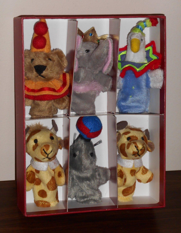 Murdock & Ross Plush Finger Puppet Set in Box Circus Animals Duck Giraffe Elephant Seal Bear 2006