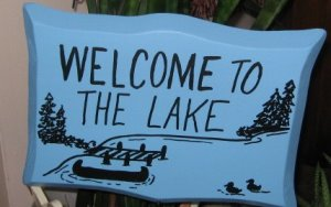 Welcome to the Lake wood garden sign