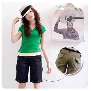 B845 Trendy short with multiple pockets S/M