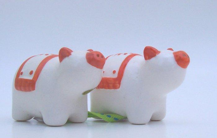 Anthropologie Pig in a Blanket Salt Pepper Shaker Orange