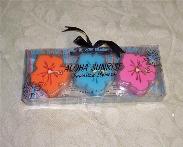 Aloha Sunrise Hawaiian Flowers Soap set