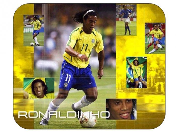 Ronaldinho #2 (Brazil) Mouse Pad