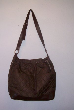 DESIGNER INSPIRED QUILTED   DRAWSTRING  SHOULDER BAG NWT
