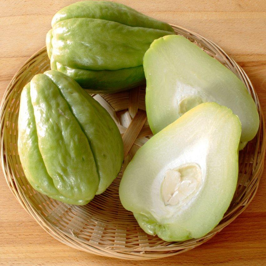 Organic Chayote Mirliton Pear Squash Sechium Edule 2