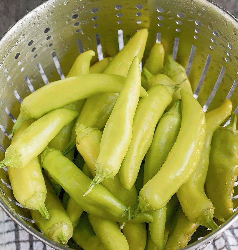 Bulk Heirloom Sweet Banana Pepper Capsicum annuum - 500 Seeds