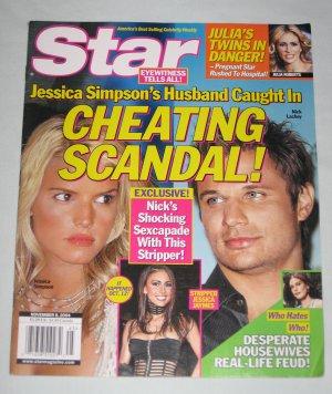 STAR MAGAZINE November 2004 Jessica Simpson Julia Roberts Desperate Housewives Nick Lachey