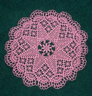 LACY PINK STAR DOILY - **NEW**