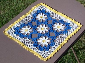 Pocketful of Daisies Hand Crochet Doily - **NEW**