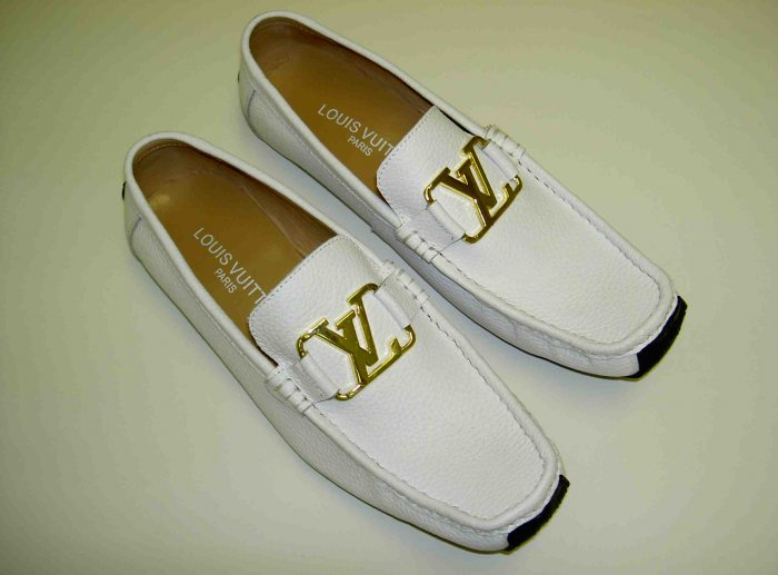Used / Like New Men Louis Vuitton Loafers US 9 EU 42