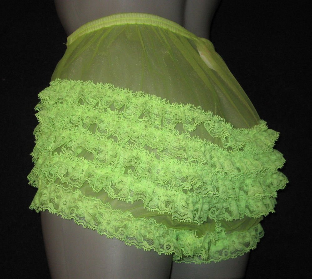 VINTAGE STYLE SEXY SHEER  RUFFLE  NYLON   PANTIES  MEDIUM  WAIST-35  INCHES