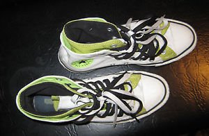 pre owned CHUCK TAYLOR  CONVERSE ALL STAR  MENS 6 LADIES 8  UNISEX