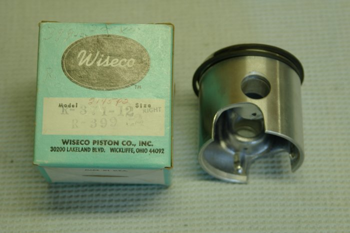 Wiseco Piston Kit R-371-12 right side 65mm R-399 + .020