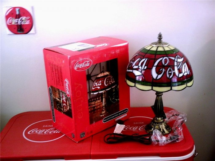Coca Cola Table Desk Lamp Stained Glass Style Accent Lamp NIB & FREE SHIPPING!!