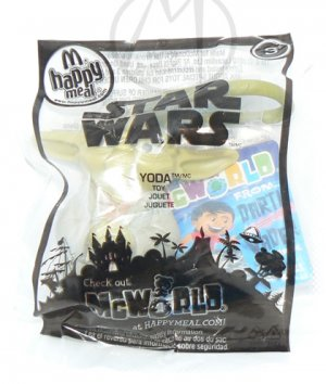 2010 McDonalds Happy Meal Toy Star Wars Yoda #3 - NIP & FREE SHIPPING