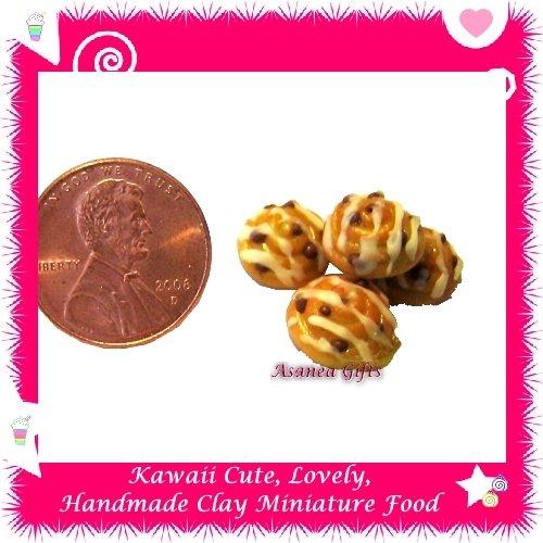 MINIATURE WALNUT PECAN COOKIES SET - HANDCRAFTED FOOD FOR DOLLS HOUSE OR MINIATURISTS ECDMF-CC2004