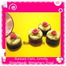 DOLLHOUSE MINI CHOCOLATE CUPCAKES W/ VANILLA ICING (ECDMF-CC1017)