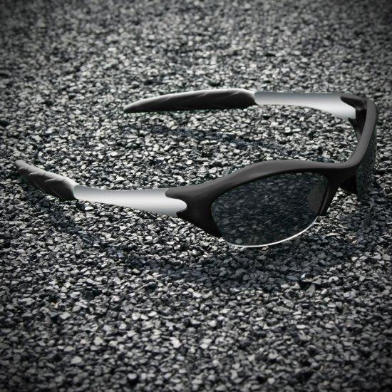 Half-frame   BLACK + SILVER