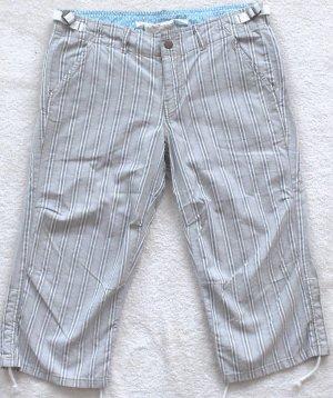 DA NANG  Womens/Juniors Capri pants  Size medium