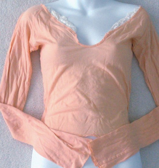 HOLLISTER  Womens/Juniors long sleeved top  Size medium