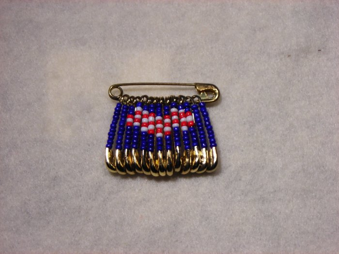LC803F - Med Patriotic Friendship Heart pins