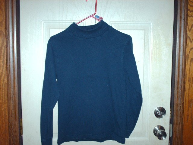 Gently Worn Basic Editions Navy Blue Turtleneck Childrens Size 14/16