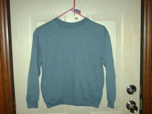 Unisex Faded Blue New Legends Kid's Size M (10/12) Gently Used Sweatshirt