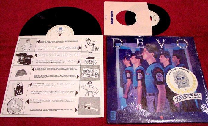 DEVO * New Traditionalists * Original LP with Poster & 45rpm & Sticker 1981 MINT