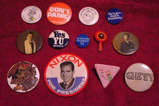 Vintage Pins ( 13 ) * Nixon / 1960s / 1970s / Cartoons * Mint