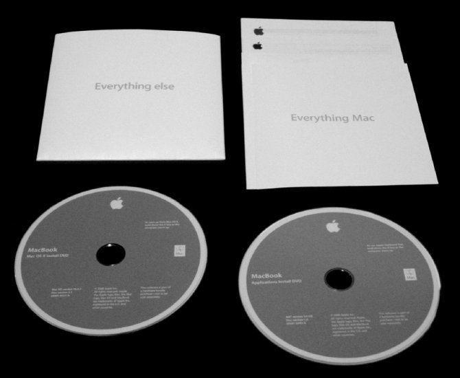 Apple MacBook OSX 10.6.3 Install Restore DISC SET * ONLY * for 2.4ghz Core 2 Duo NEW