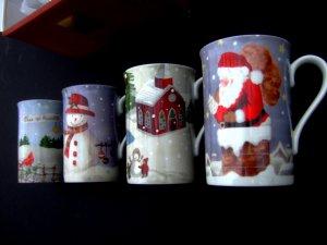 Lenox Christmas Collage Mug / Cup SET (4) Mint NEW