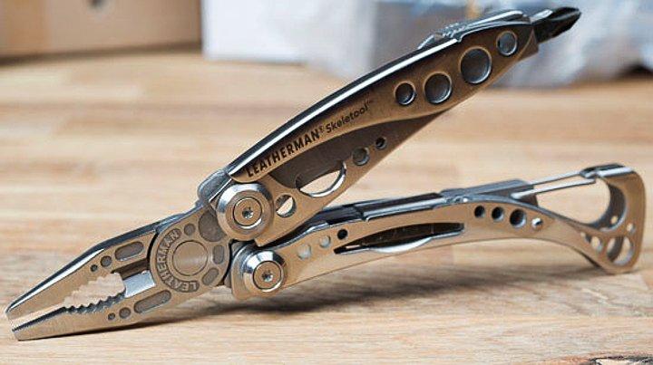 Leatherman SKELETOOL Pocket Multi-Tool Brand New Mint Condition