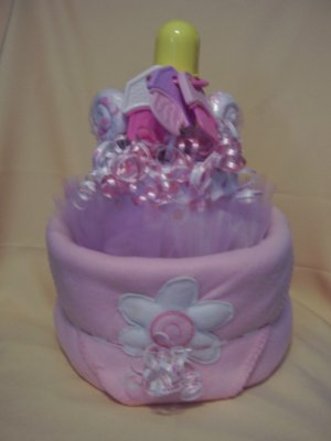 DIAPER CAKE , YOUR THEME , BOY , GIRL OR NEUTRAL!!!