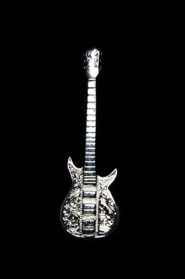 Guitar Pendant 1