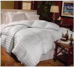 Lifestyled Milano White Twin Down Comforter