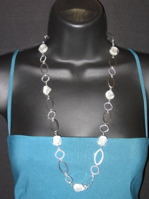 """29"""" White & Silver Bead Necklace"""