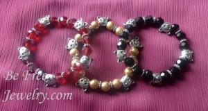 Kitty lover's beaded bracelet