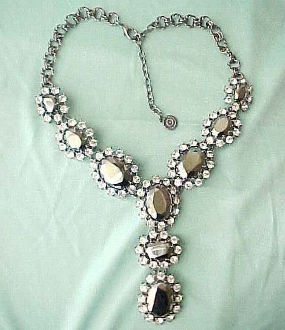 Fabulous Diva Designer GRAZIANO Rhinestone Necklace Hematite and Clear