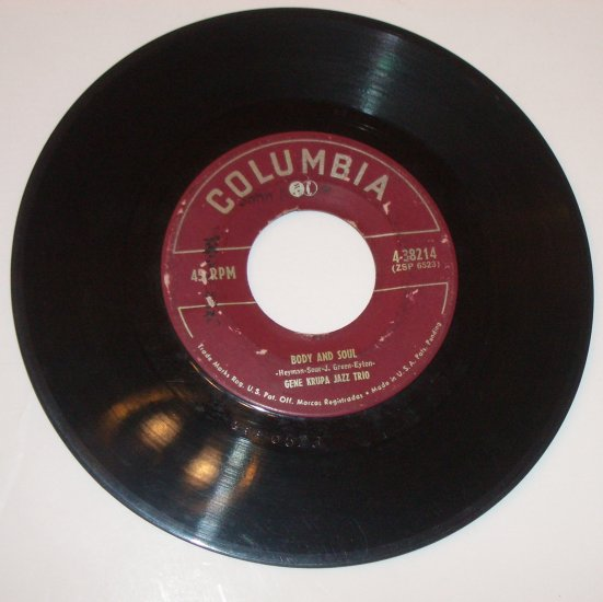 Gene Krupa Jazz Trio 45 RPM Vinyl Record Stompin' at the Savoy / Body and Soul