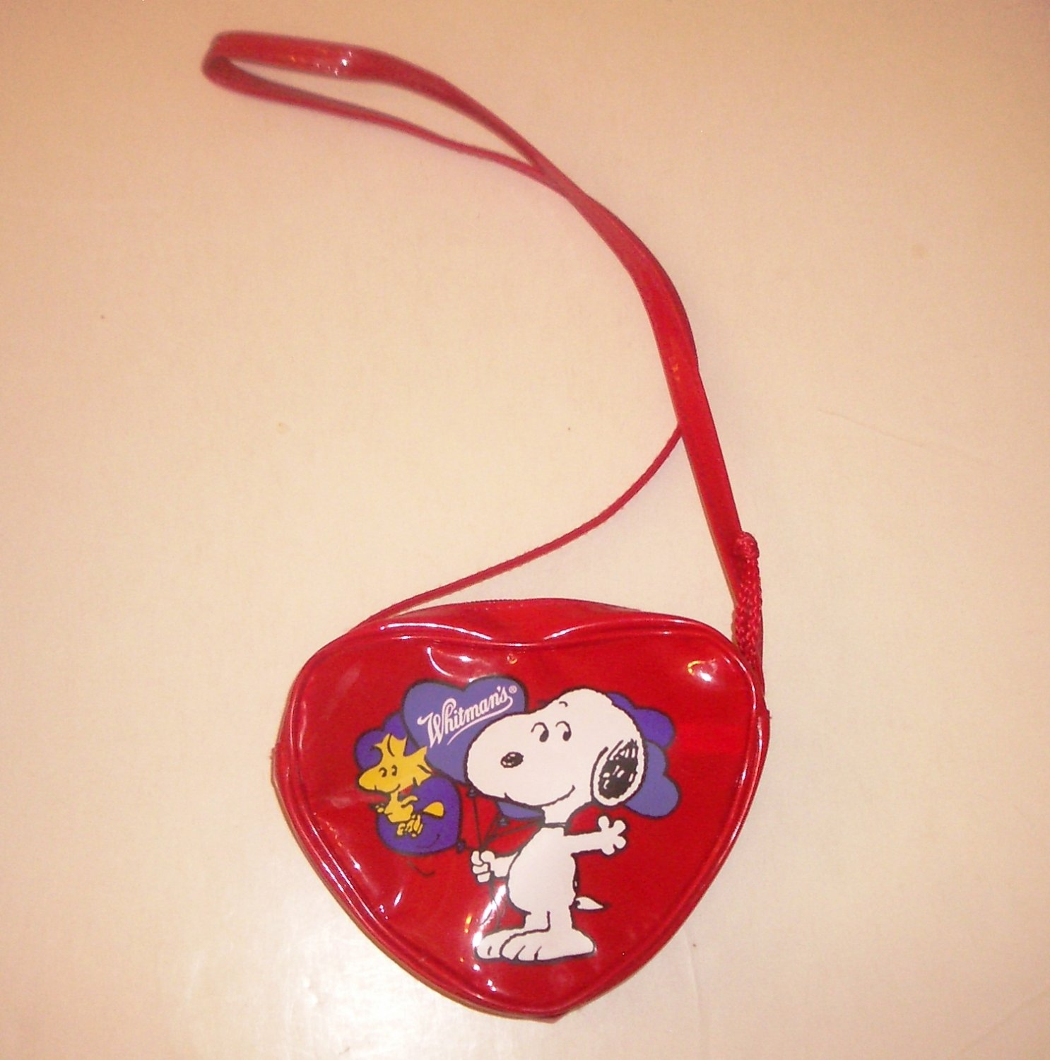 Snoopy and Woodstock Whitman's Collectible Promotional Plastic Heart Shaped Red Purse