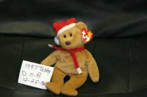 1997 BROWN HOLIDAY TEDDY BEAR BEANIE BABY RETIRED