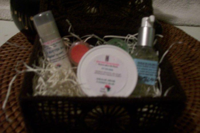 SHEA BUTTER LOVERS BASKET-8 items-OMA' Shea*k-shealoe oil/cream-shea bar-dry oil spray-shealoe soap