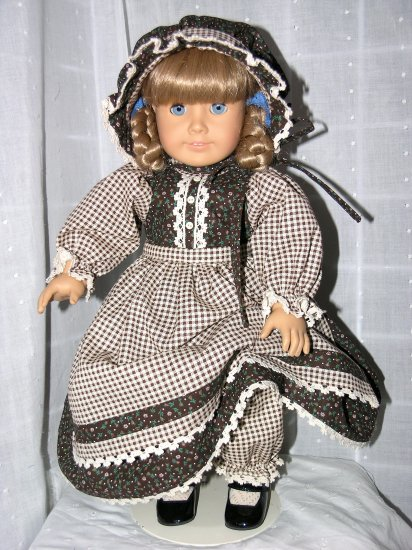"18"" AMERICAN GIRL DOLL CLOTHES - DRESS, APRON, BONNET & PANTALOONS www.exclusivelylinda.ecrater.com"