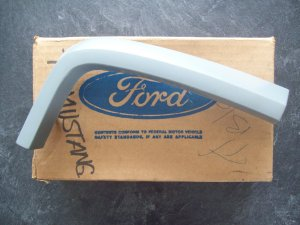 1973 Mustang fender extension moulding New