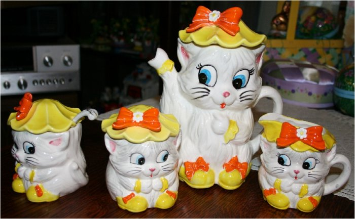 "CUTE Vintage KittenTea Set Lefton, ""Miss Priss""  Yellow and Orange, VERY RARE"