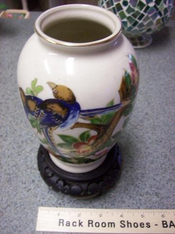 Fantastic Colisonne'  Japenese Vase