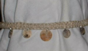 HEMP NECKLACE WITH ROUND SHELL DISK BEADS