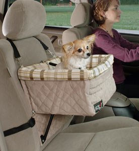SOLVIT Delxue Dog Pet Booster Seat holds pets up to 30 lbs.